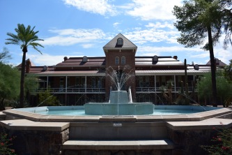 Old Main and Fountain